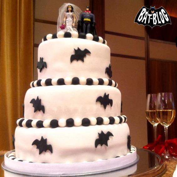 Jeffery's Custom BATMAN and WONDER WOMAN Wedding Cake Topper!