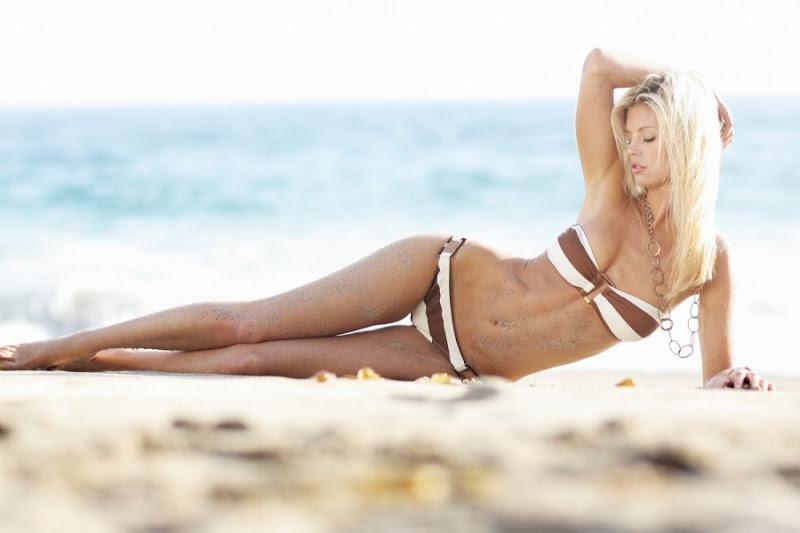 Amanda Paige Nude Photos 38