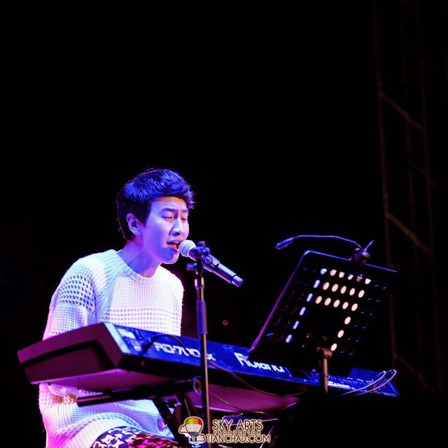 Never did I know that Kwang Soo can play piano and sing at the same time Lee Kwang Soo Fan Meeting in Malaysia