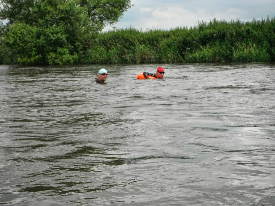 A quick rest on the Chillswim float in the River Trent