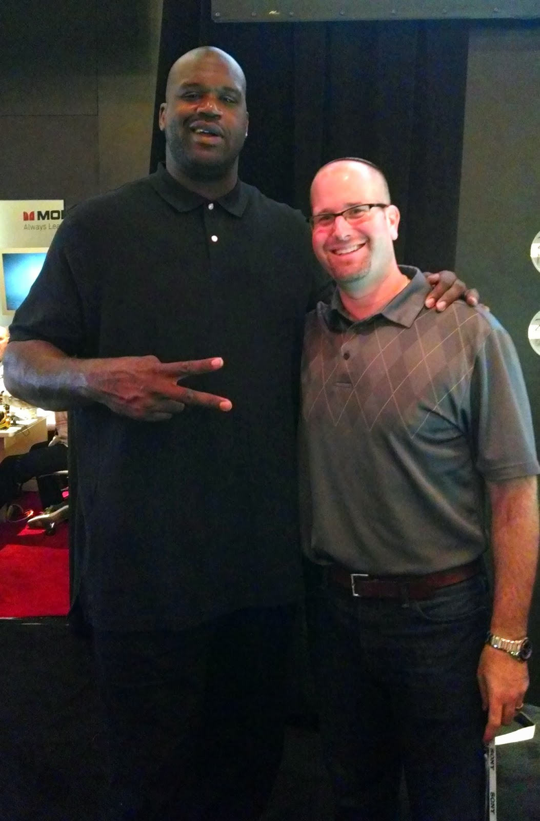 Shaquille O'Neal with Rabbi Jason - Shaq Speaks Hebrew