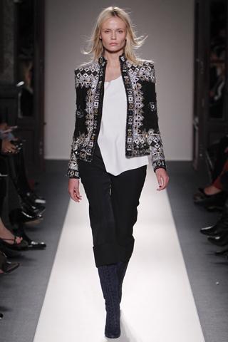 Модные женские пиджаки осень-зима 2011-2012 были представлены в