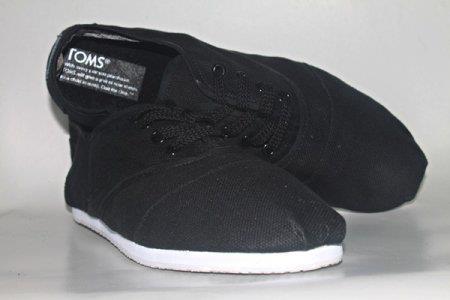 Sepatu Toms TOMS10
