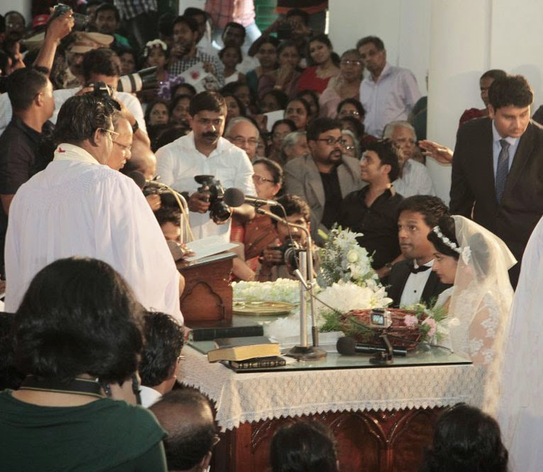Meera Jasmine Anil Josh wedding photos gallery-HQ-Photo-5