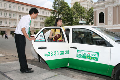 Tips when going by taxi in Vietnam