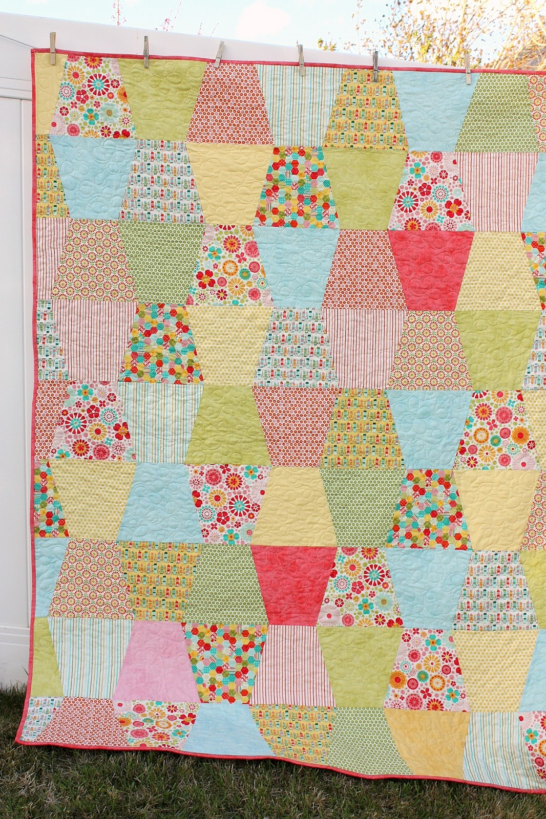 Tumbler Quilt tutorial - Diary of a Quilter - a quilt blog