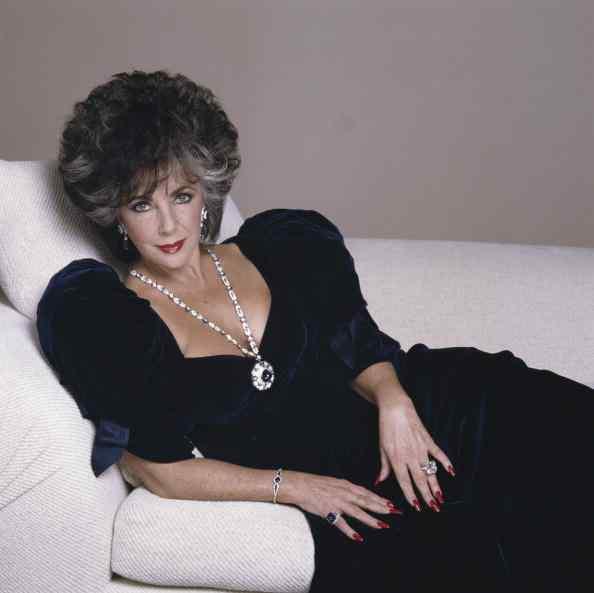 The Girl W Curls Amp Amp Curves R I P Elizabeth Taylor