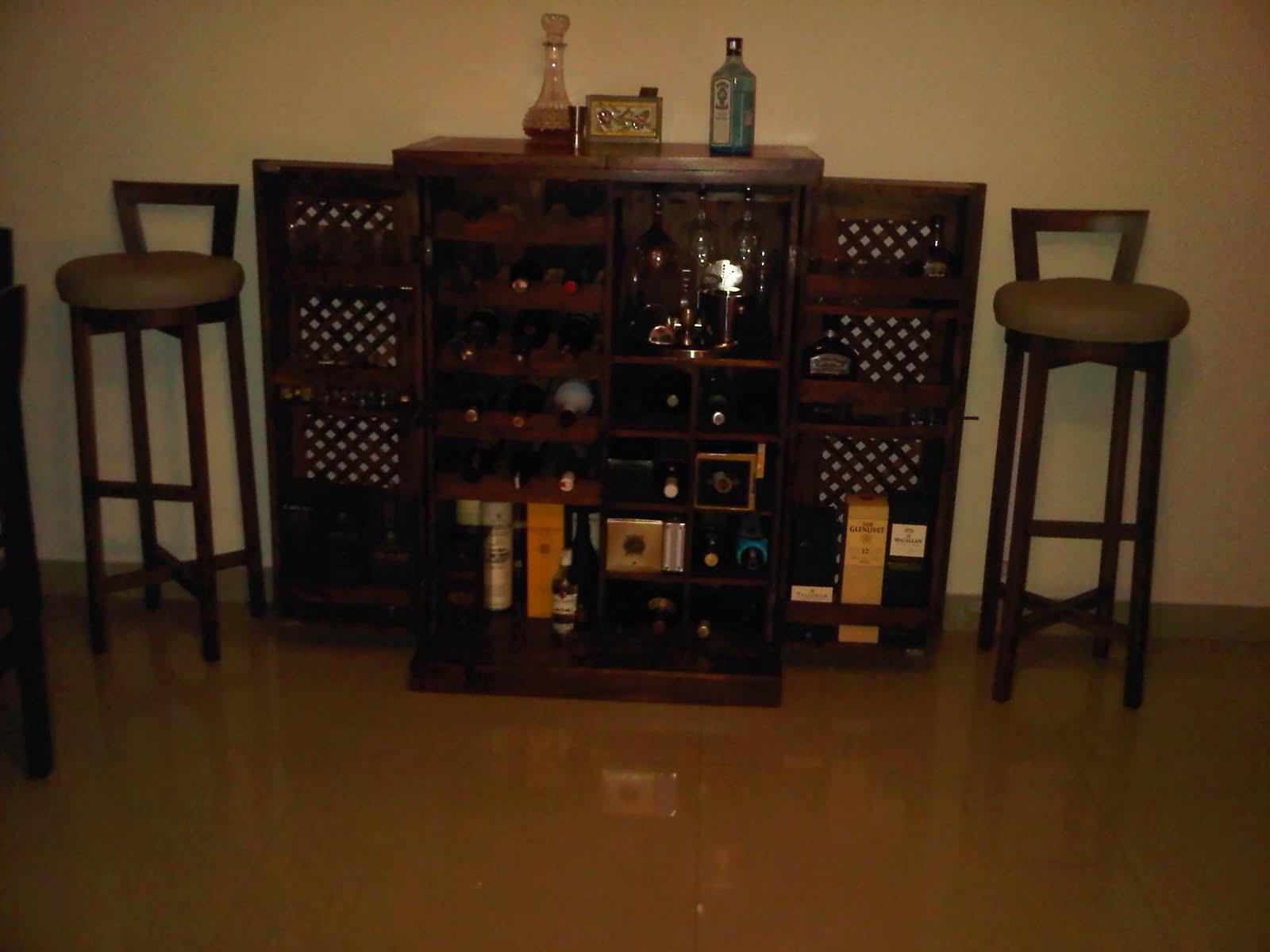 Vikram\'s World of Scotch: My Home Bar - The Wooden Closet