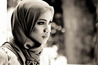 Surat Terbuka Tasniem, Putri Amien Rais Kepada Jokowi