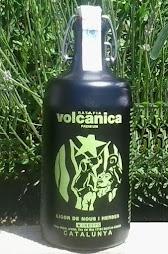 ratafia volcànica (salitja) premium - medalla d'or 2018 concurs ratafia de marca de catalunya