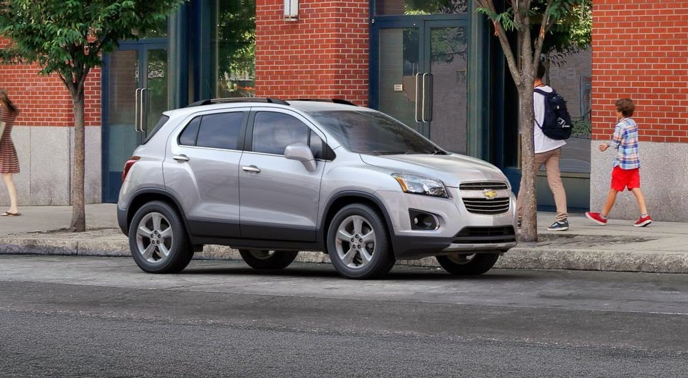 images pictures news small suv compact suv chevrolet trax 2015. Black Bedroom Furniture Sets. Home Design Ideas
