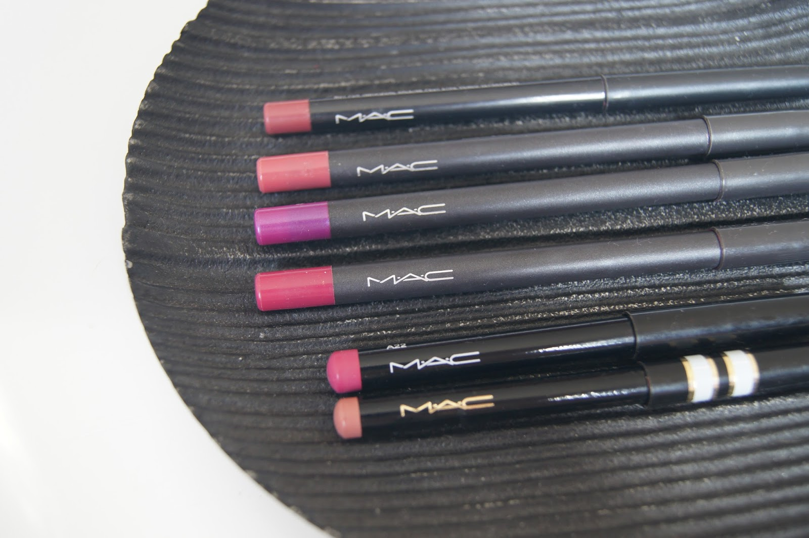 MAC lip liner review