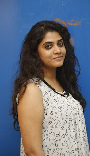 Sahasam Seyara Dimbaka movie heroine samatha new photos