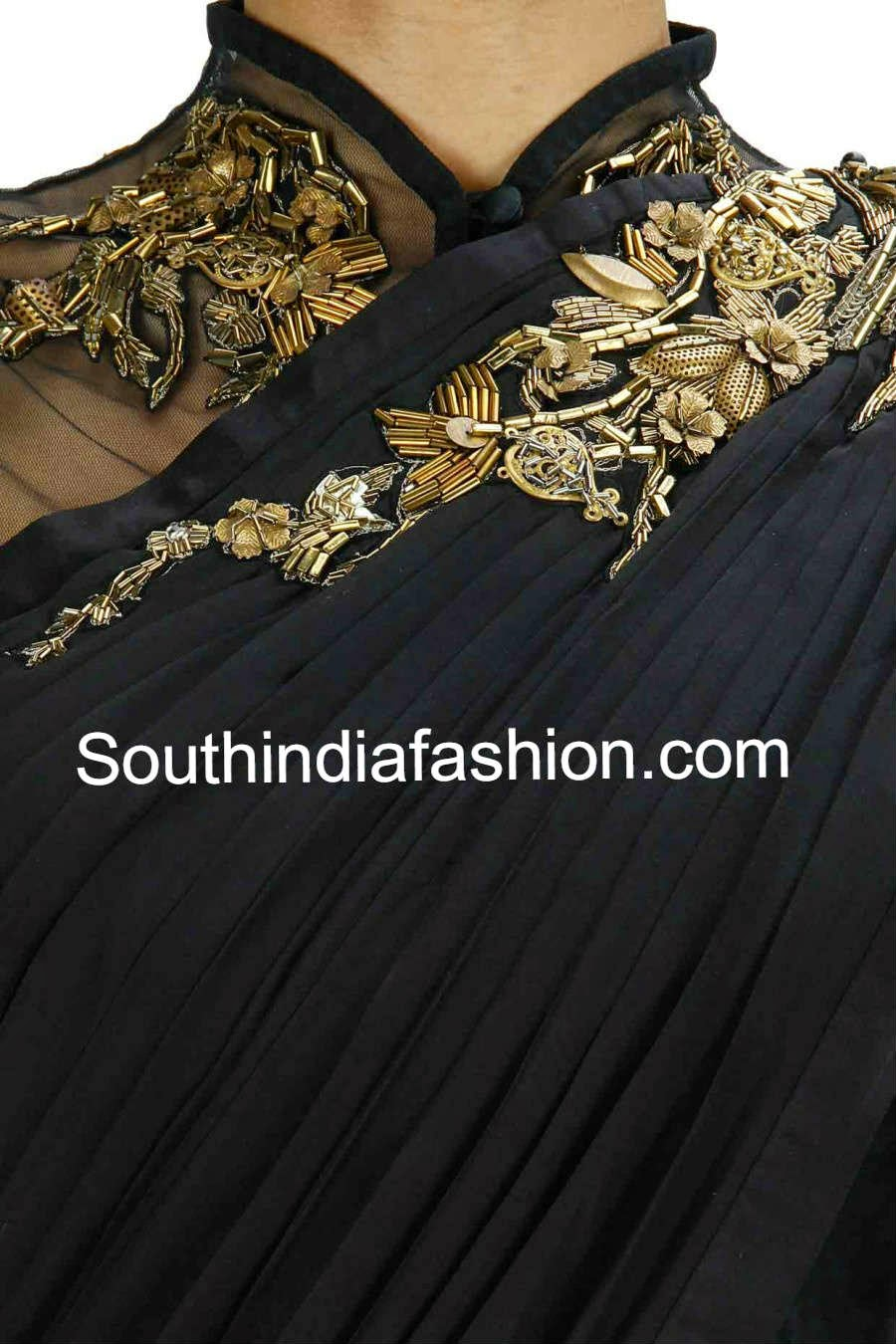 plain saree with brooch