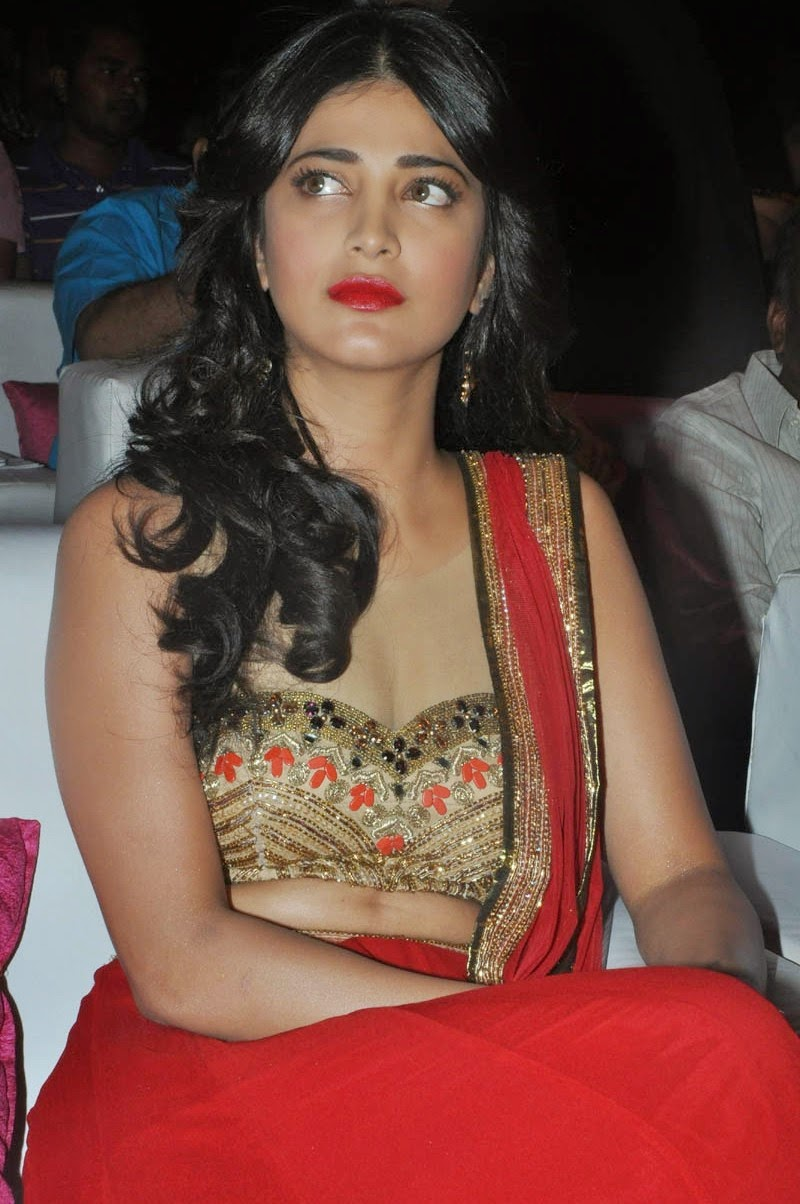 Shruti Haasan At Pooja Audio Launch Pics
