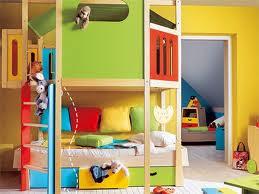 dormitorio colorido niño