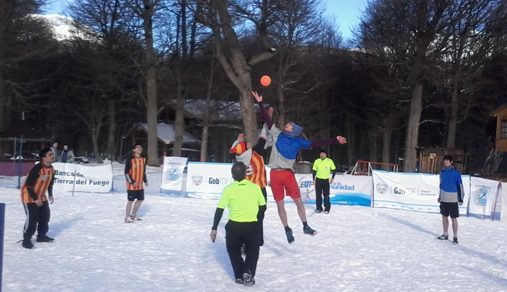 México jugará el Primer Panamericano de Snow Handbal 20130830_150734%255B1%255D