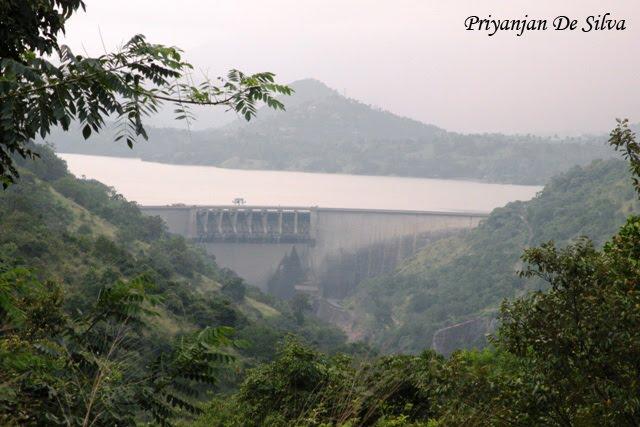 Victoria Dam (Sri Lanka)