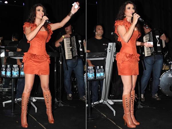 Paula Fernandes Um Sucesso Agora Uma Das Melhores Cantora Do Brasil Em