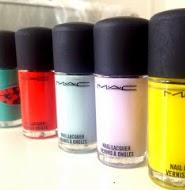 http://shoppingduo.blogspot.com.es/2012/04/unas-un-accesorio-mas.html