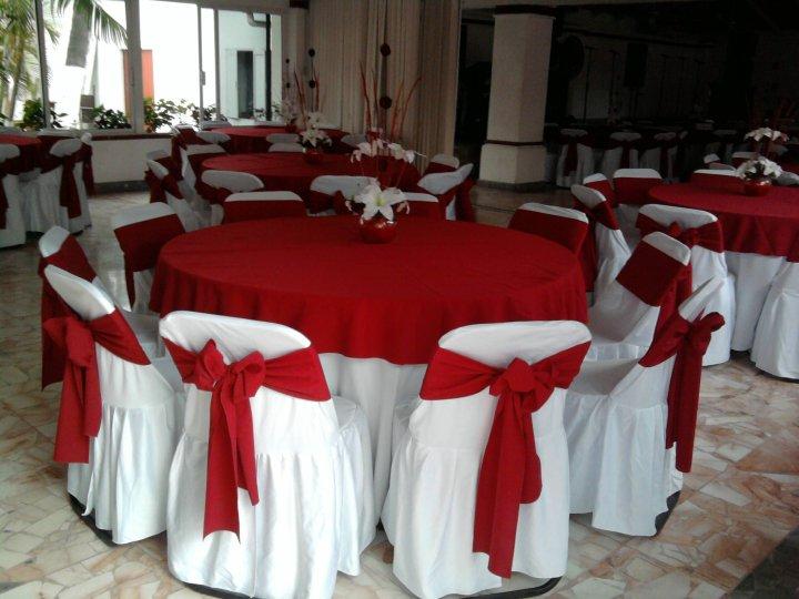Manteleria manteleria - Imagenes de mesas con manteles ...