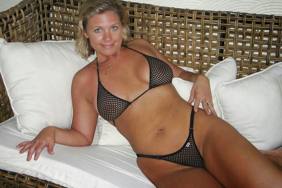 Порно фото частное в купальниках