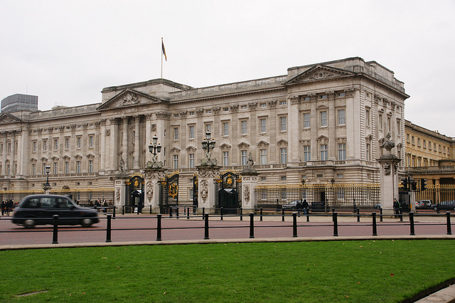 R Of Her 39 39 Diarara Blog 39 S Buckingham Palace