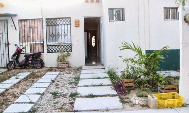 jardin pequeño fachada - antes1