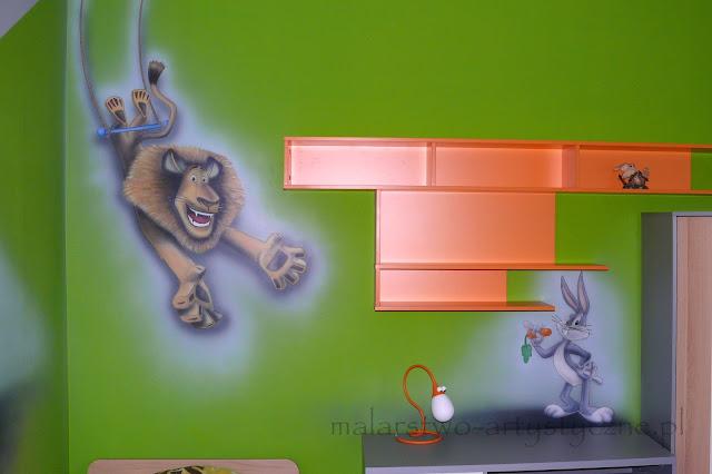 Mlowanie obrazu w pokoju chłopca, aranżacja ściany w bajkowy motyw, warszawa