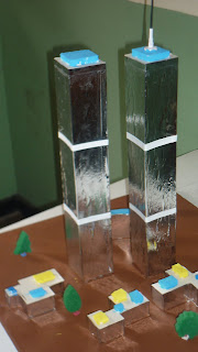 maqueta torres gemelas usando papel aluminio