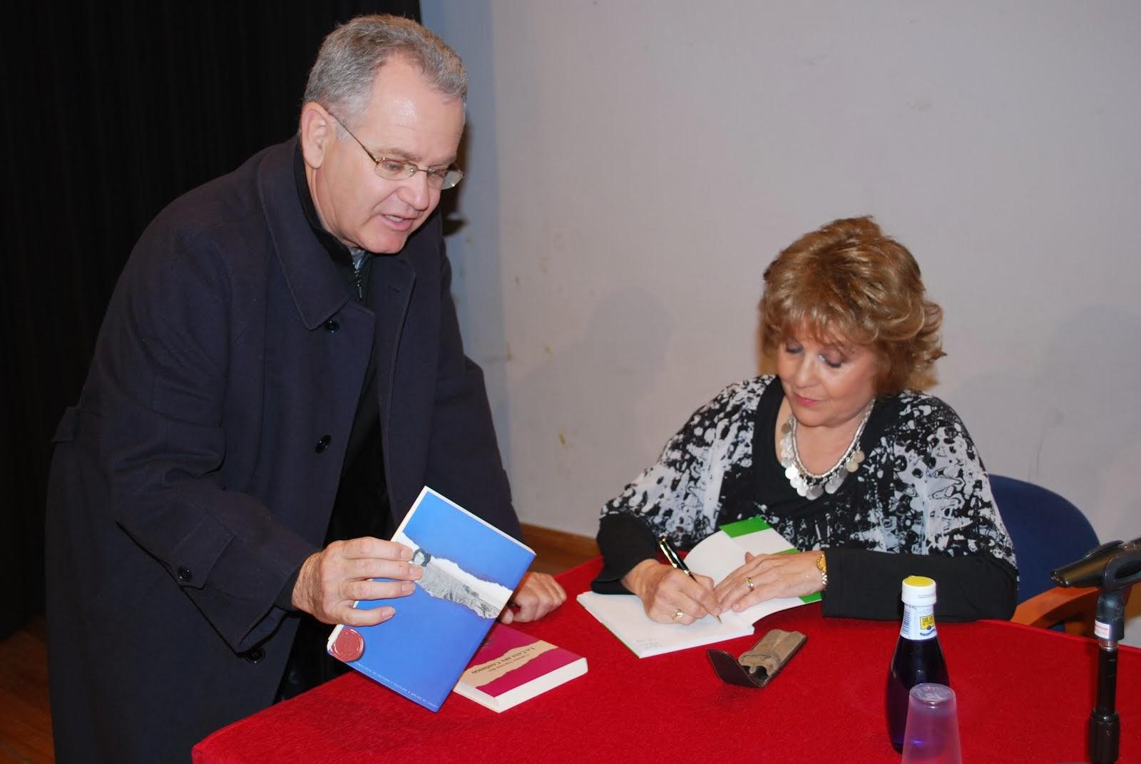 Firmando a amigos