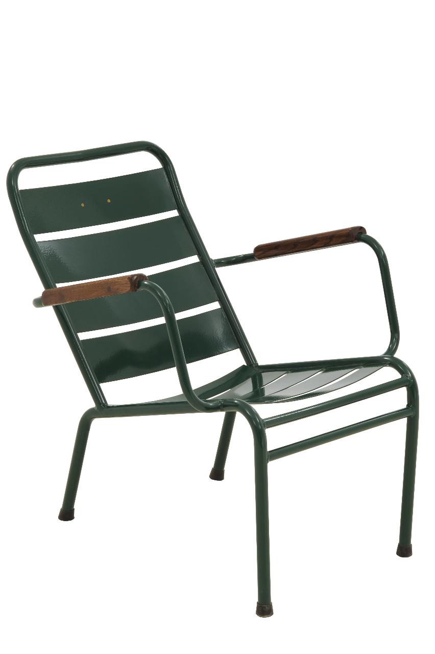 Maison de lin les anciennes chaises du palais royal for Fermob jardin du luxembourg