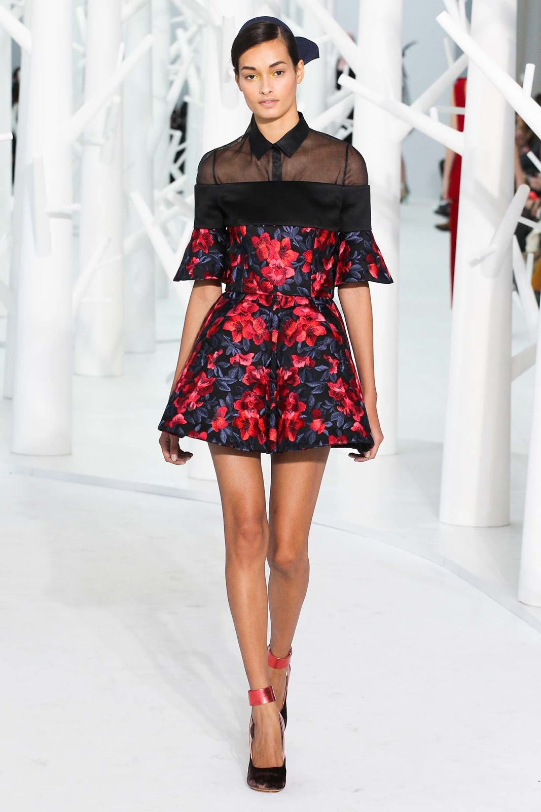 Brocade trend on AW 2015 runway at Delpozo / via www.fashionedbylove.co.uk