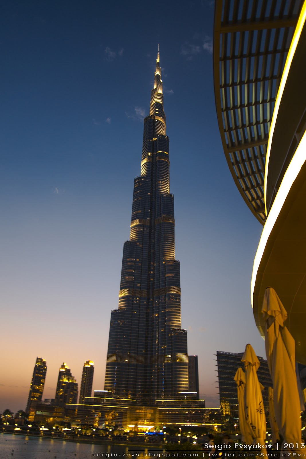 Burj Khalifa in Dubai at sunset