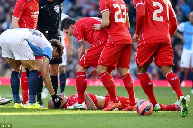 Kecederaan Martin Skrtel Menakutkan , info, terkini, berita sukan, bola sepak, liverpool