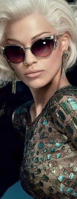 Óculos de sol com estilo Robert Cavalli