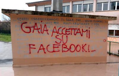 Gaia accettami su Facebook!...