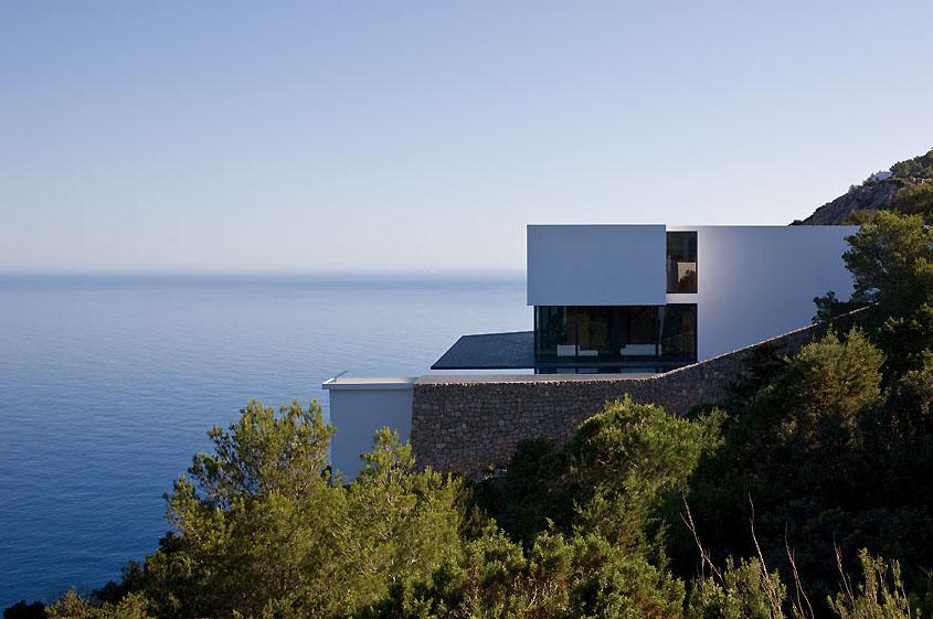 Ultra Modern Mediterranean Dream House