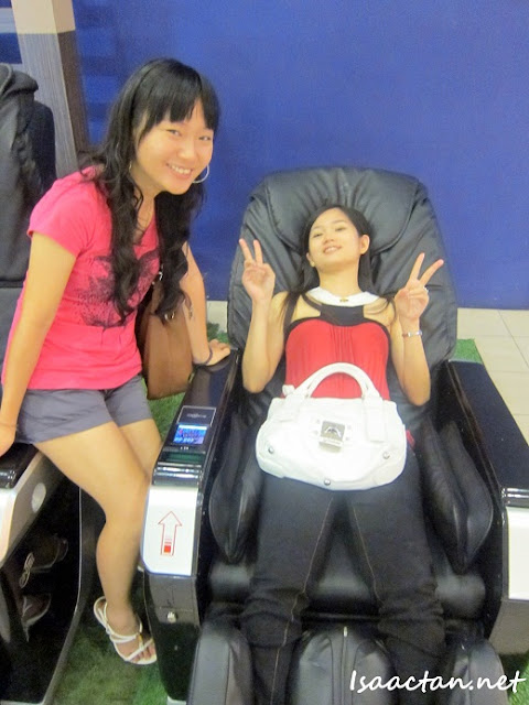 Gintell Rest N Go Station Massage Chair