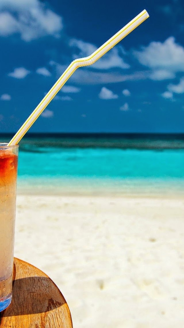 wallpapers for iphone summer cocktail on the beach