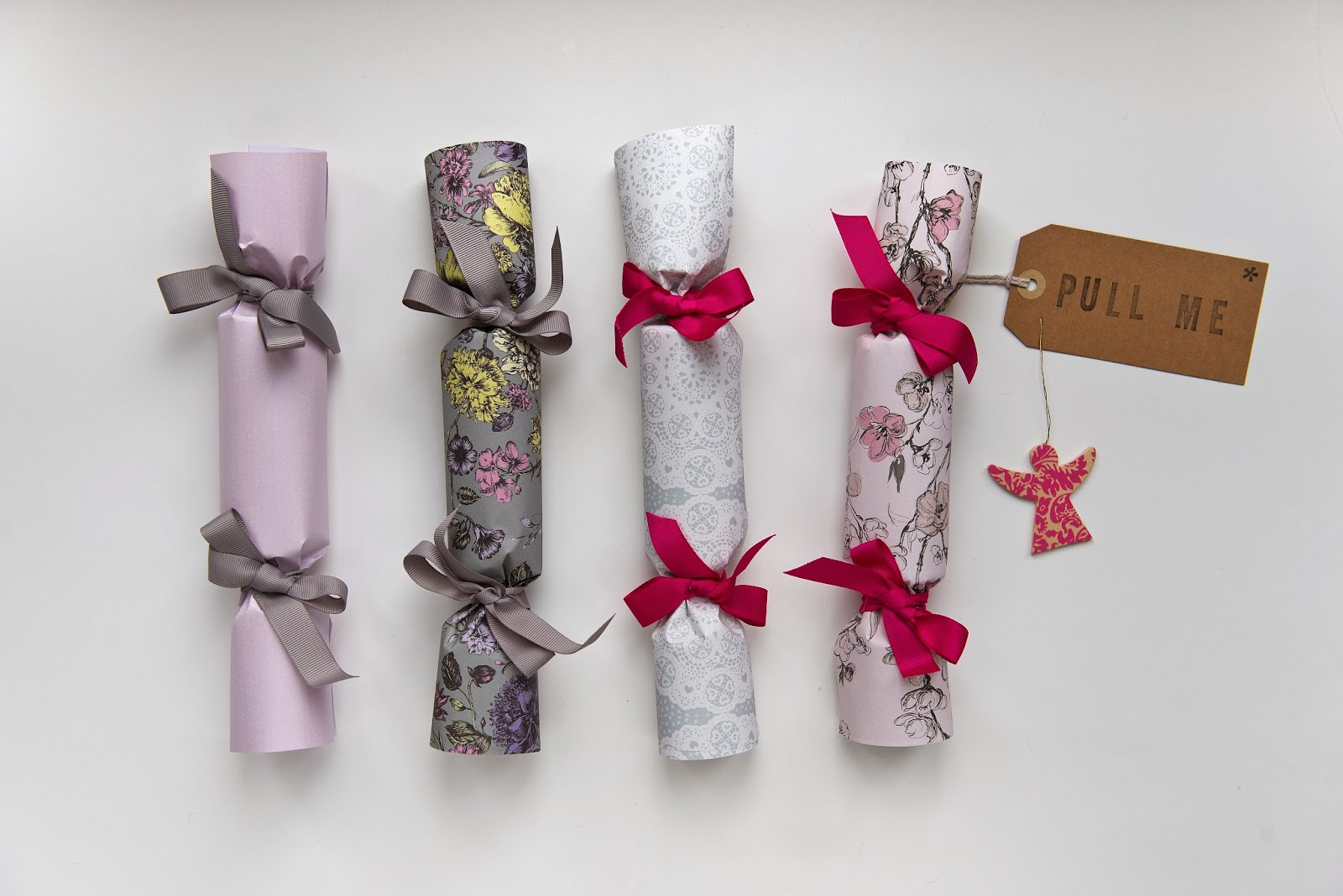 Bootiful tings what a cracker design and make your own pretty christmas crackers using offcuts of wrapping paper choose a colour theme to run throughout and use a range of patterns to solutioingenieria Gallery