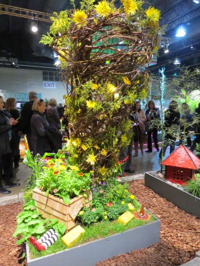 Philadelphia Flower Show 2015: Dog Houses- Toto