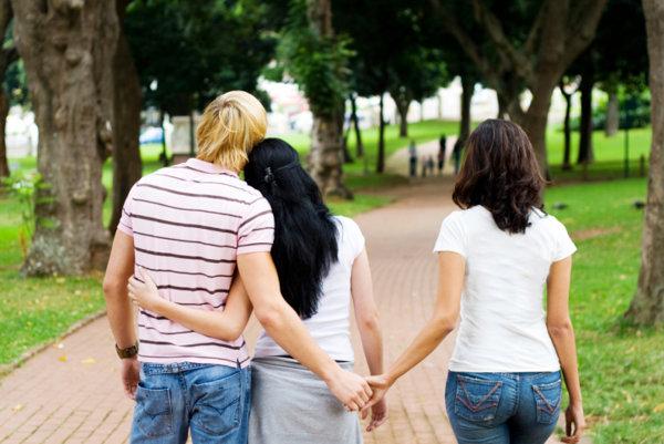 6 Mitos Seputar Perselingkuhan [ www.BlogApaAja.com ]