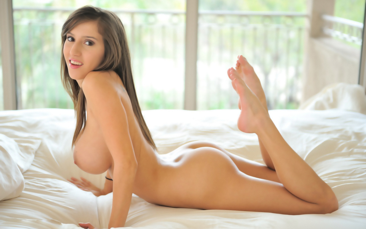 Nude Model Screensavers 16