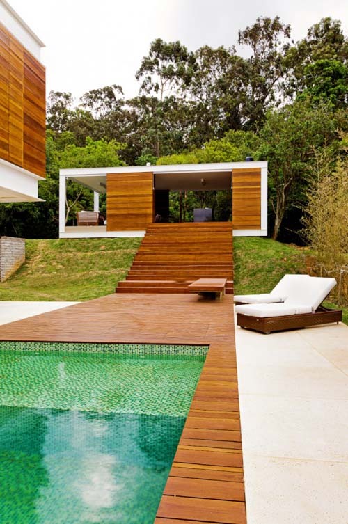 Contemporary Design of Haack House pool