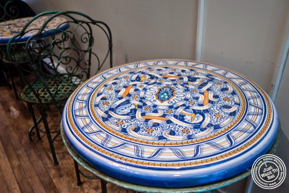 image of ceramic table at Verde Vita Toscana in Hoboken, NJ