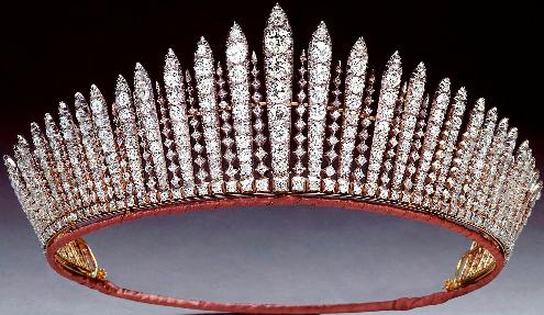 تيجان ملكية  امبراطورية فاخرة Queen+mary1