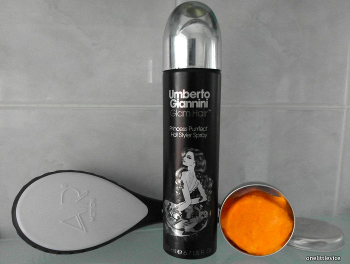 One Little Vice Beauty Blog: Air Motion Brush, Lush Brazziliant Shampoo Bar, Umberto Giannini Princess Perfect Styling Spray Review
