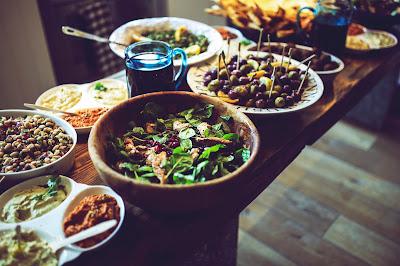 przysłowia hiszpańskie o jedzeniu, powiedzenia hiszpańskie o jedzeniu, la mejor medicina, la cocina, la mejor medicina es la buena cocina, co to znaczy