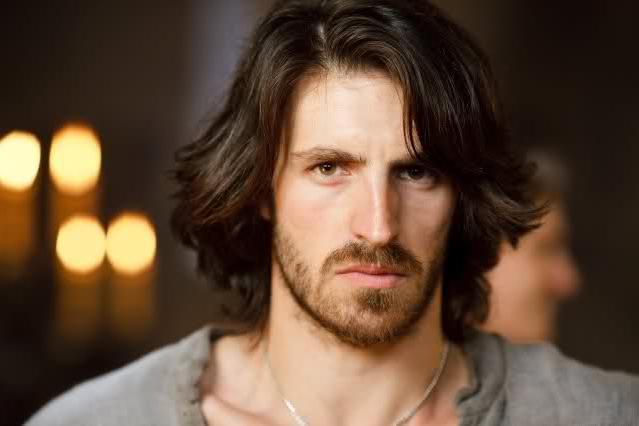 Eoin Macken Girlfriend http://dreamygirl27.blogspot.com/2012/10/queridinha-do-momento-as-aventuras-de.html